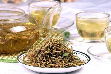 金银花在生活中的食用方法.jpg